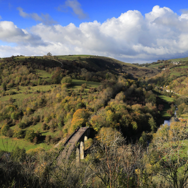 """""""Autumn view over the viaduct at Monsal Head, river Wye, Peak District..."""" stock image"""