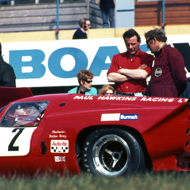 """""""Paul Hawkins and Lola T70 waiting on the grid"""" stock image"""