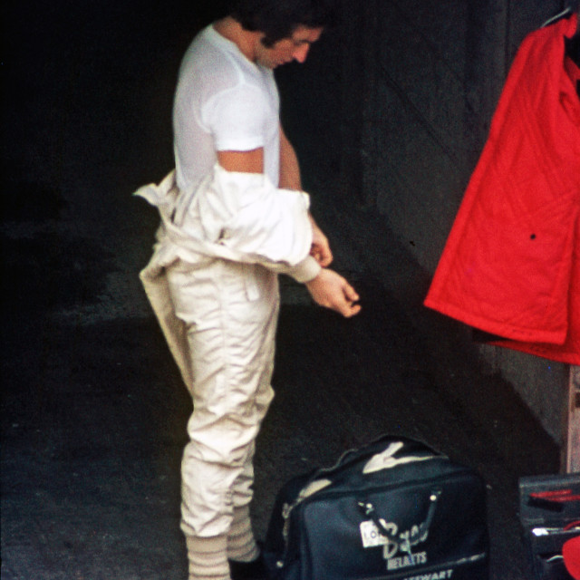 """""""Jackie Stewart changes in the Brands Hatch Garages"""" stock image"""