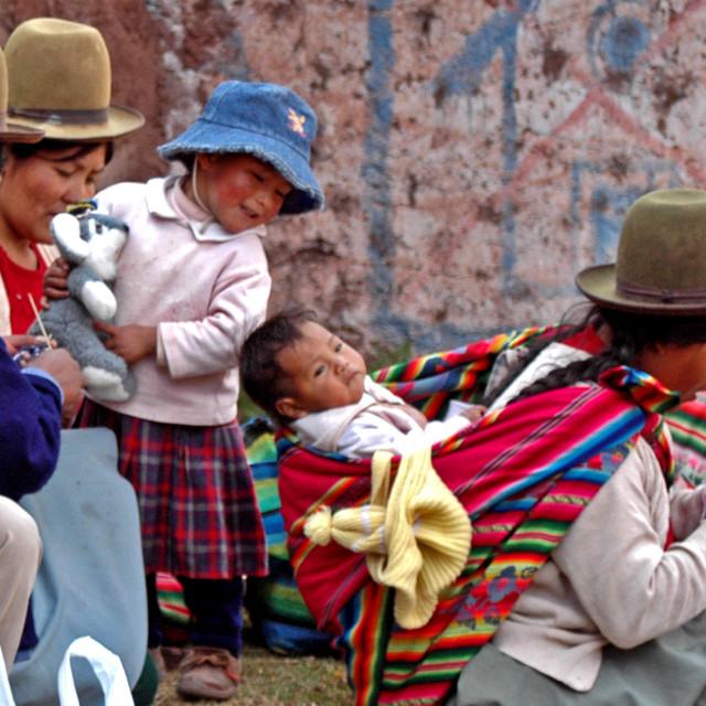 """""""Quechua women and children Ccaccaccollo, Peru."""" stock image"""