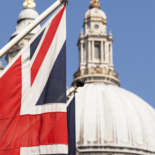 """""""Union Flag in front of St Paul's Cathedral"""" stock image"""