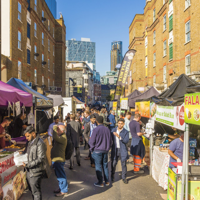 """Food stalls in Petticoat Lane market in London, England, United Kingdom, Europe."" stock image"