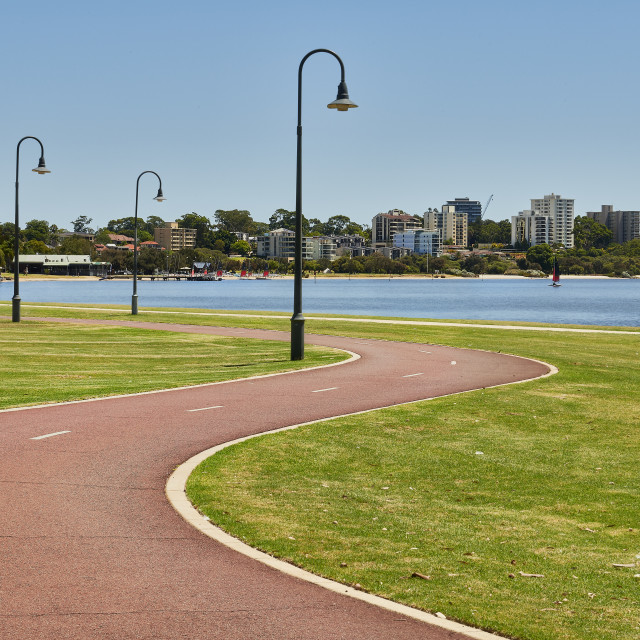 """""""Meandering path along the Swan River foreshore Perth"""" stock image"""
