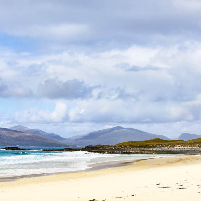 """View from the southern end of Traigh Mhor beach looking North toward North Harris. 57° 51' 51.34"" N, 6° 58' 55.52"" W ➔ A859, Eilean Siar HS3 3, UK (Google earth)"" stock image"