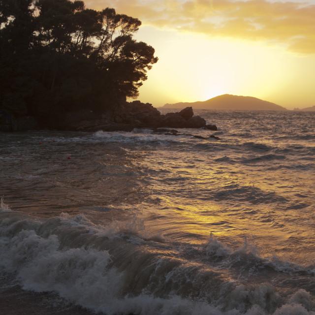 """""""tramonto sul mare in verticale"""" stock image"""