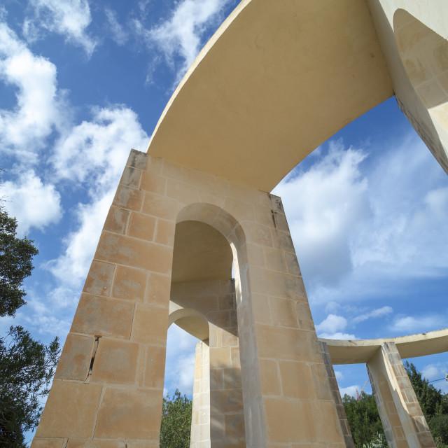 """Monument to US President John F Kennedy, Kennedy Grove, Qawra, Buġibba, Salina Bay, St Paul's Bay, Malta"" stock image"
