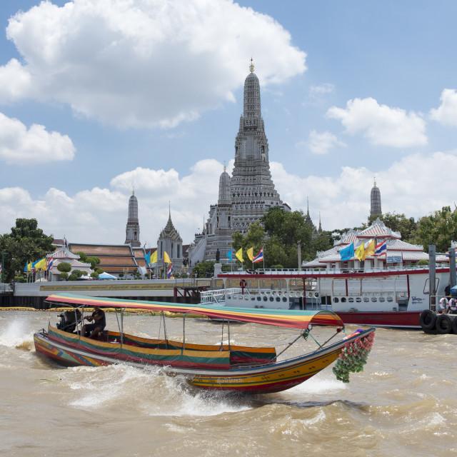 """Wat Arun, Temple of Dawn, Ruea Hang Yao or long tail boat on the Chao Phraya..."" stock image"