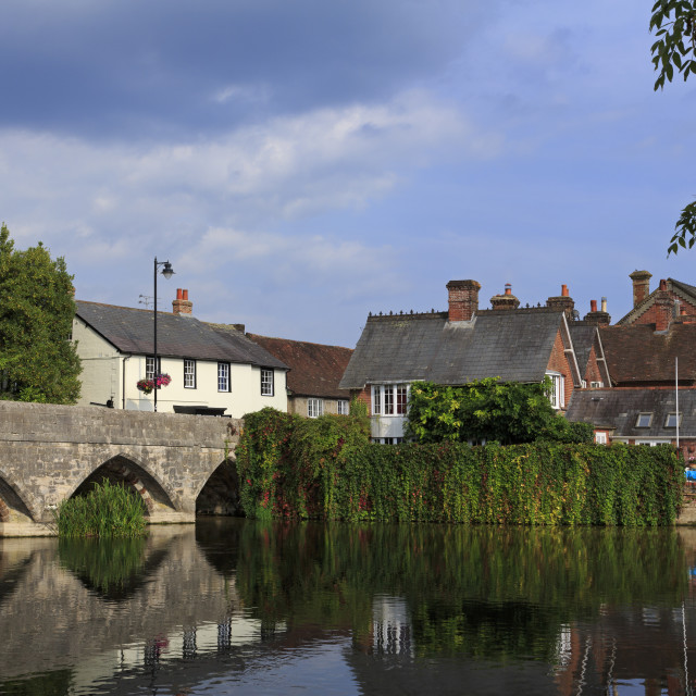 """Seven arched bridge, Fordingbridge Town, New Forest, Hampshire, England,..."" stock image"