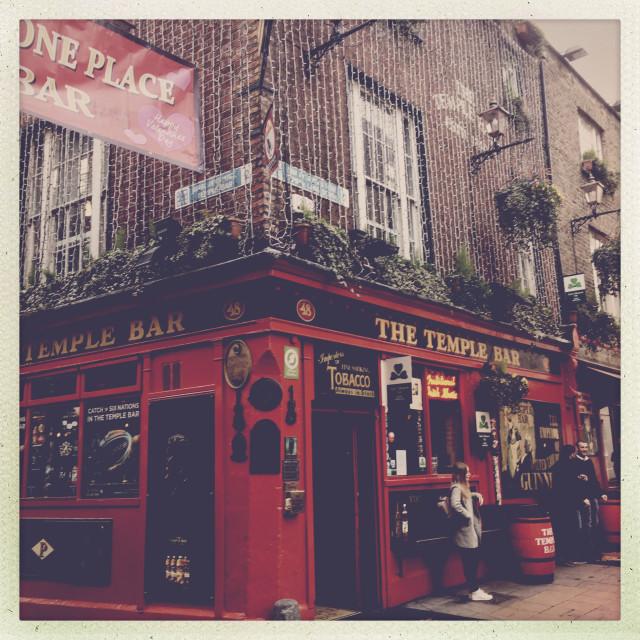 """The Temple Bar Pub"" stock image"