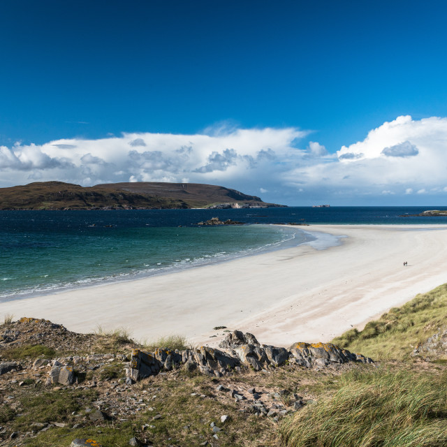 """The extensive white sandy beach at Balnakeil near Durness"" stock image"