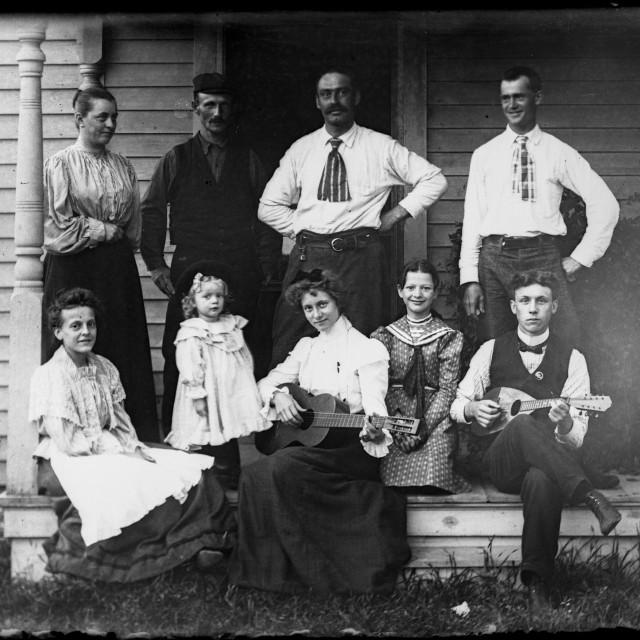 """""""VINTAGE FAMILY PORTRAIT, MUSICIANS"""" stock image"""