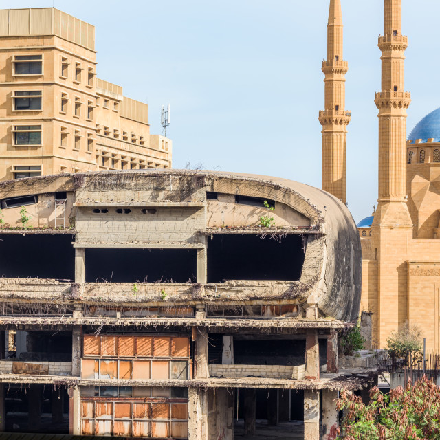 """The Egg cinema building and Al-Amine blue mosque in Downtown Beirut, Lebanon"" stock image"