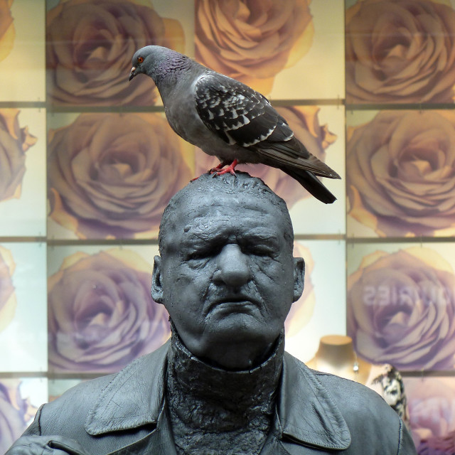 """Living Statue on Buchanan Street, Glasgow"" stock image"