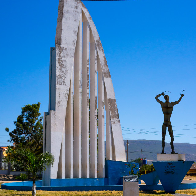 """The ironman breaking the chains of oppression monument, Huila Province,..."" stock image"