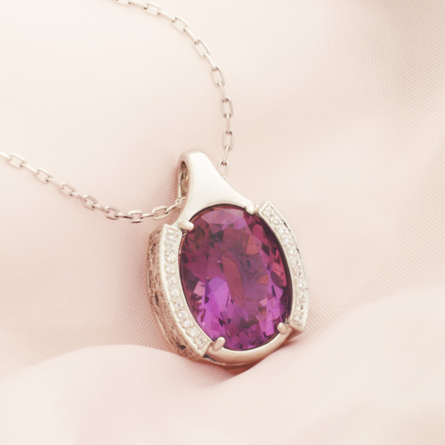 """White Gold Pendant With Amethyst And Diamonds"" stock image"