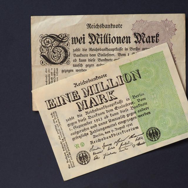 """""""Eine und Zwei Million Mark (One and Two Million Mark) notes"""" stock image"""