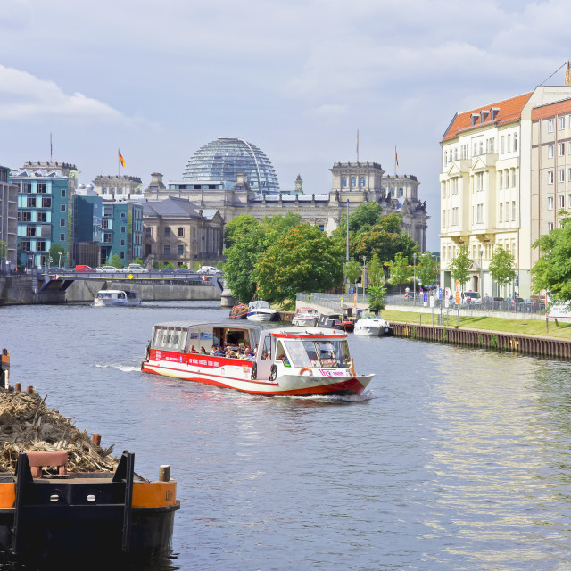 """Reichstag and Bundestag Building with Excursion Boats, Berlin, G"" stock image"