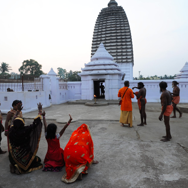 """""""Worshippers at Joranda Gadhi, a temple complex devoted to the Supreme Lord..."""" stock image"""