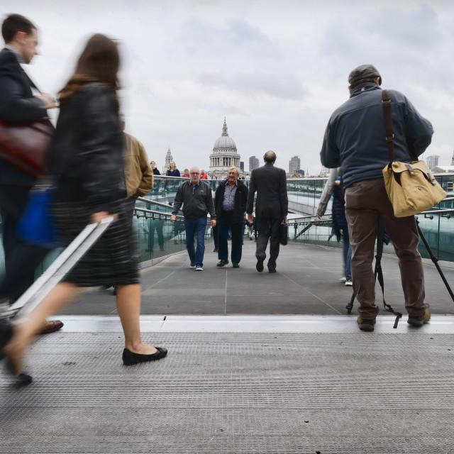 """""""Pedestrians using the Millennium Bridge"""" stock image"""