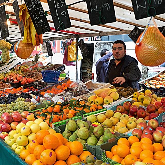 """""""Vendor, Paris"""" stock image"""