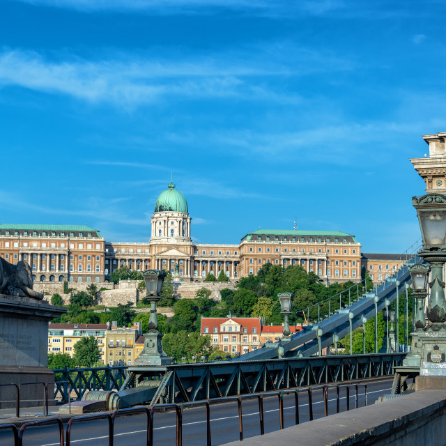 """Chain Bridge and National Gallery"" stock image"