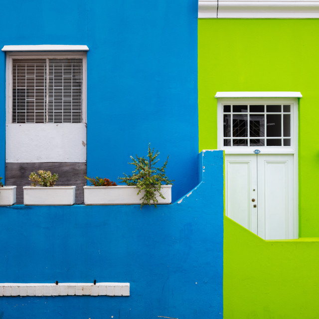 """""""Bo-Kaap. Located in between the city centre and the foot of Signal Hill, Cape..."""" stock image"""