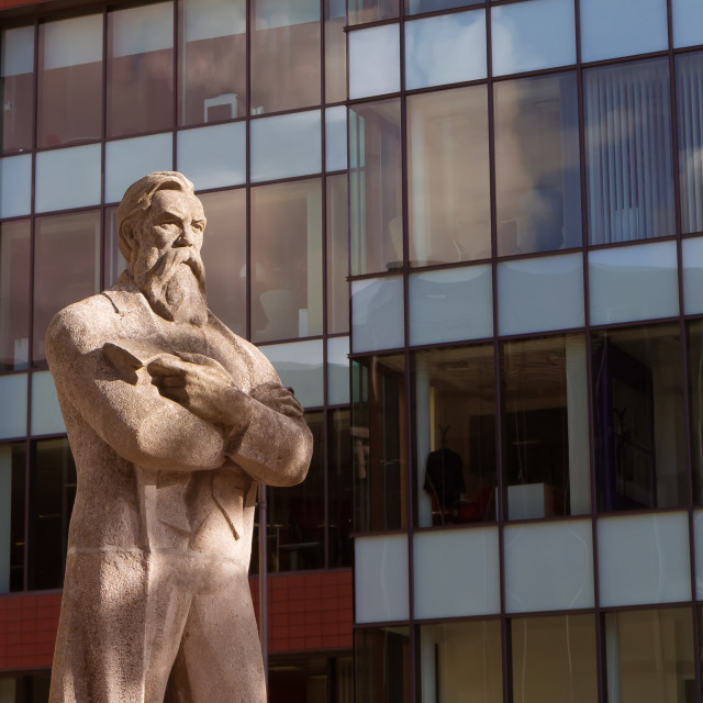 """""""September 2017 - Ukrainian Soviet-era statue of Friedrich Engels, installed in Manchester; Engels founded his philosophy observing the labour conditions in that cradle of industrial capitalism"""" stock image"""