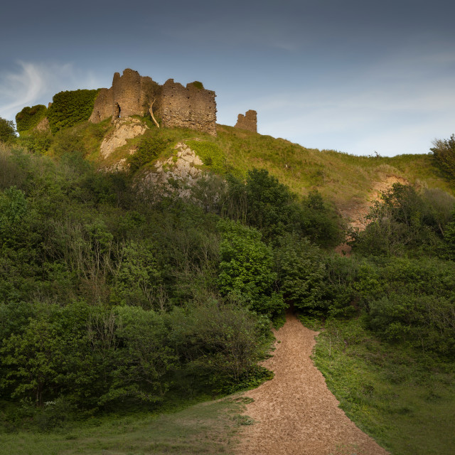 """""""The ruins of Pennard Castle"""" stock image"""