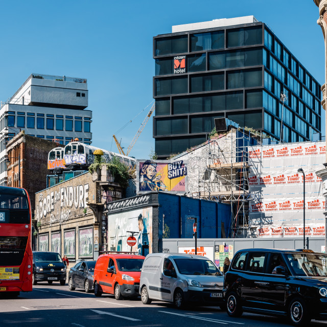 """""""Train carriages on top of old building in London"""" stock image"""