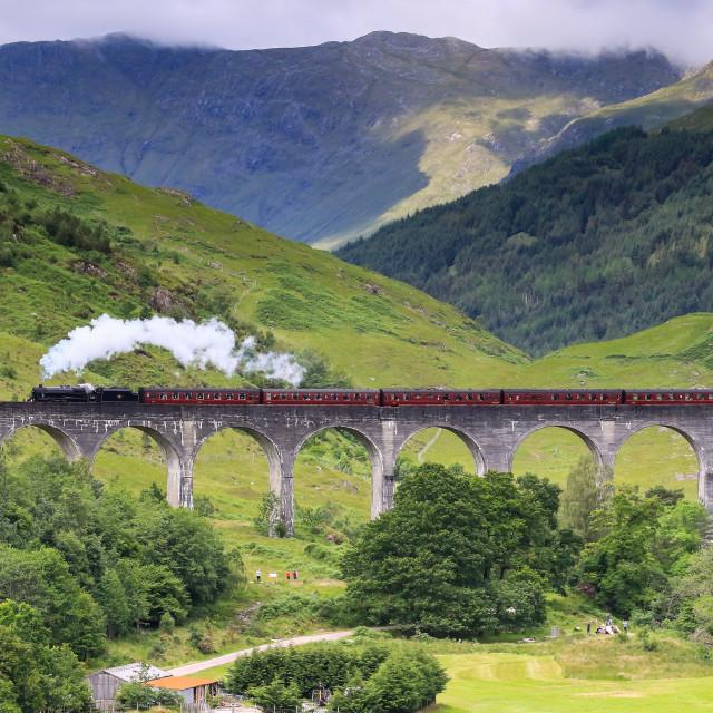 """LMS Class 5MT (Black 5) 45212, Glenfinnan Viaduct"" stock image"