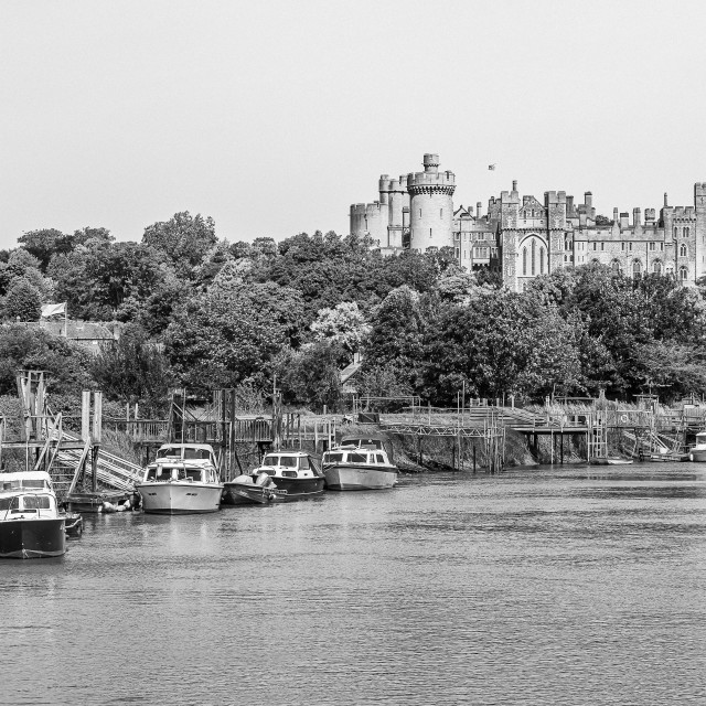 """""""Arundel Castle and the River Arun"""" stock image"""