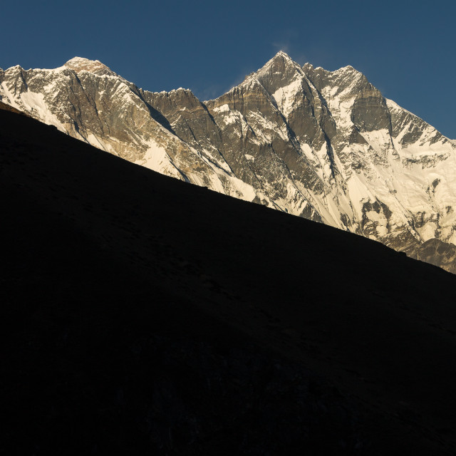 """""""Everest rising above the Lhotse-Nuptse Ridge seen from a hill above Pangboche"""" stock image"""