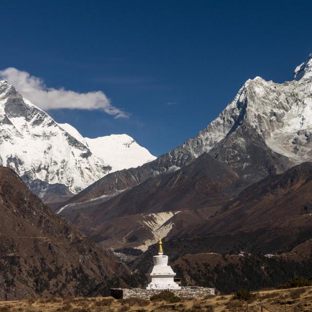 """Chorten (stupa) dedicated to Sir Edmund Hillary near to Khumjung"" stock image"