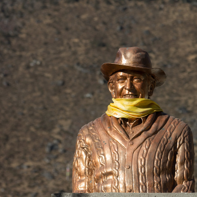 """""""Statue of Sir Edmund Hillary in front of the school in Khumjung"""" stock image"""