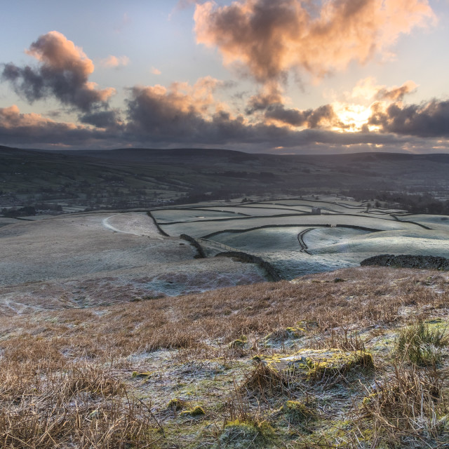 """A Frosty Sunrise Viewed from the Ancient Tumulus of Kirkcarrion, Lunedale, Teesdale, County Durham, UK"" stock image"