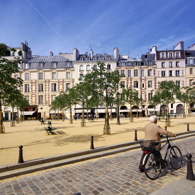 """""""Ciclyst in the Dauphine square"""" stock image"""