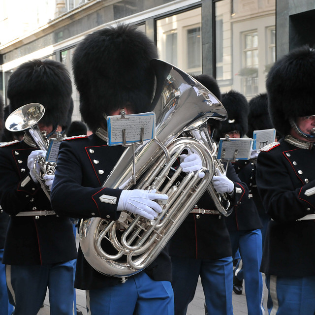 """""""QUEEN MARGRETHE II LIVE GUARDS MARCHING IN CITY"""" stock image"""