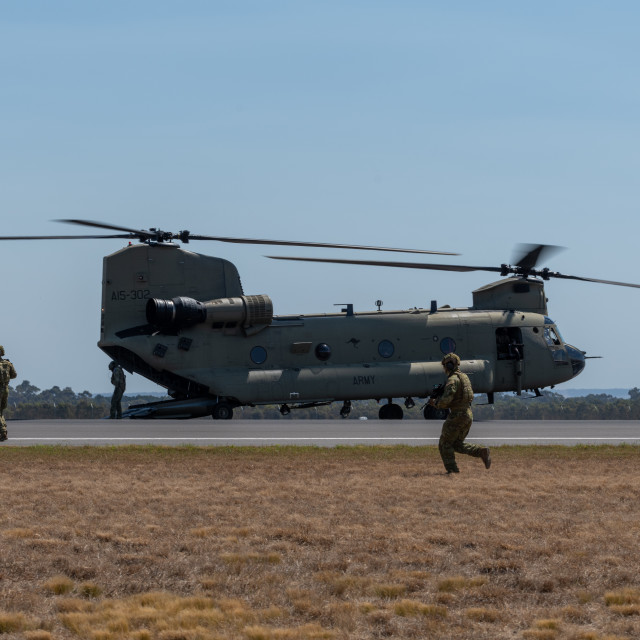 """""""Australian Army Chinook airlifts troops at Avalon Airshow 2019 /"""" stock image"""