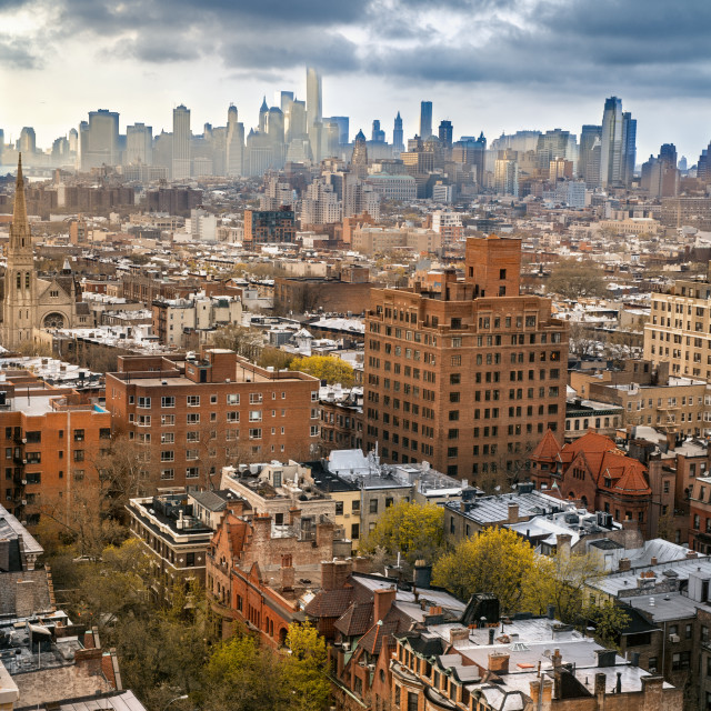 """Brooklyn skyline with the manhattan cityscape in the background"" stock image"