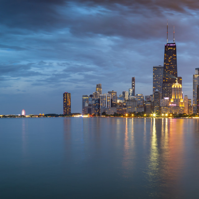 """""""View of Chicago skyline at dusk from North Shore, Chicago, Illinois, United..."""" stock image"""