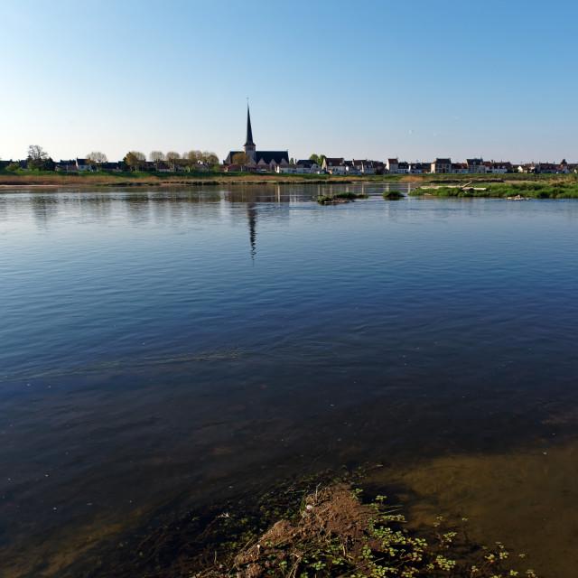 """""""Sully-sur-Loire village"""" stock image"""