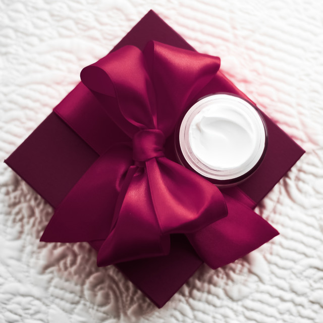 """""""Luxury face cream for sensitive skin and maroon holiday gift box, spa..."""" stock image"""