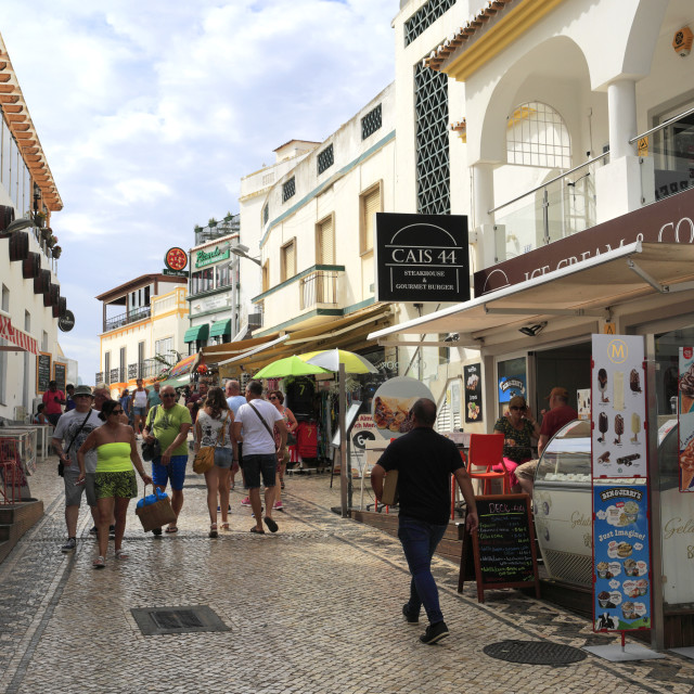 """""""People shopping in Albufeira town, Algarve, Portugal, Europe"""" stock image"""