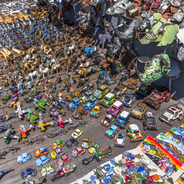 """""""African art and handwork on display at a craft market in Cape Town, South Africa."""" stock image"""