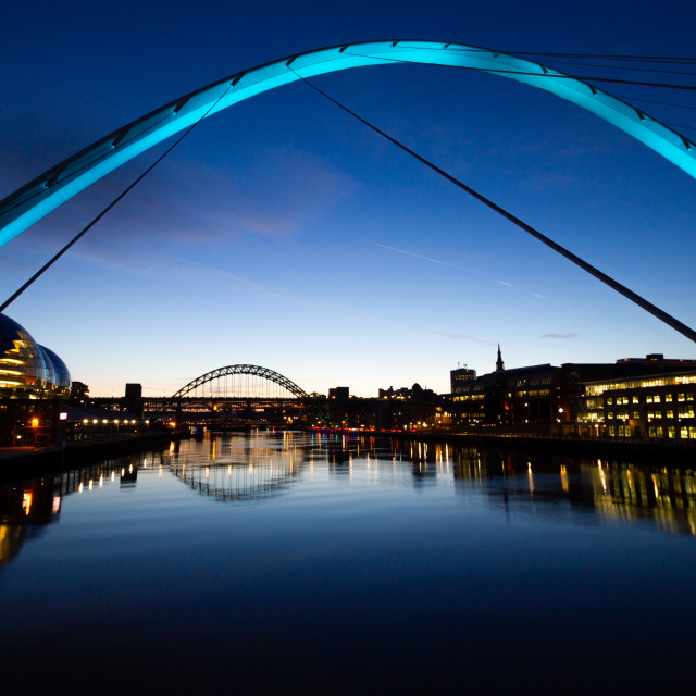 """Gateshead Millennium Bridge at dusk (blue light)"" stock image"