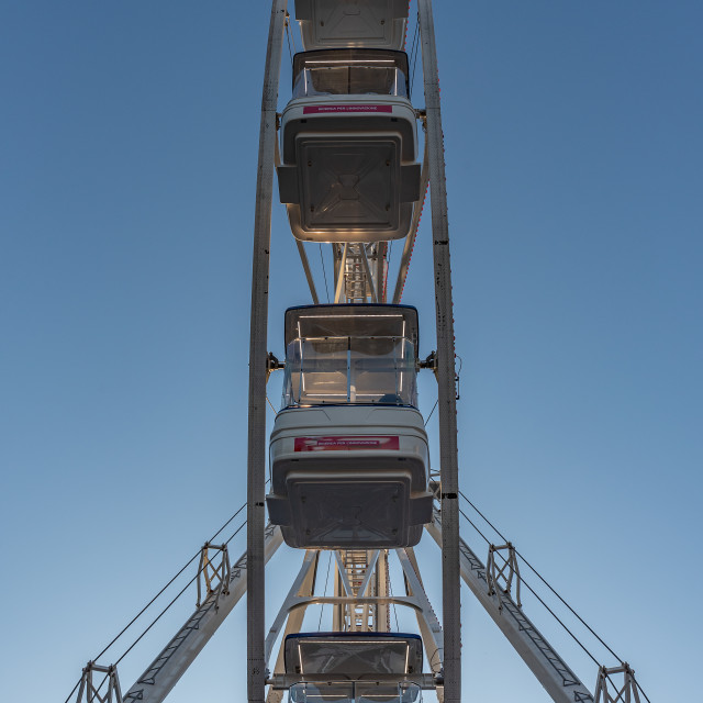 """""""Side view of a Ferris wheel"""" stock image"""