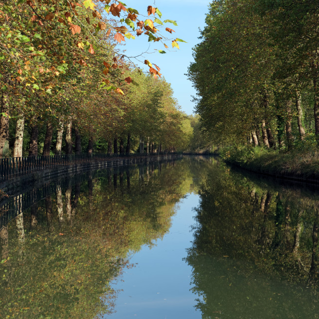 """""""Loing canal"""" stock image"""