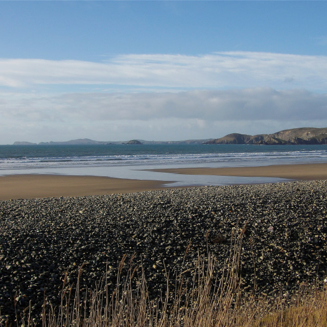 """""""View of Ramsey Island from Newgale Beach"""" stock image"""