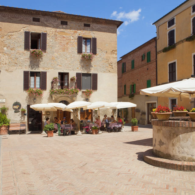 """""""Italy, Tuscany, Pienza, Val d´Orcia, Sienna Province - Piazza di"""" stock image"""