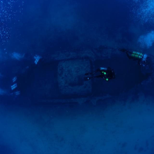 """""""Mergulhadores em um naufrágio"""" stock image"""